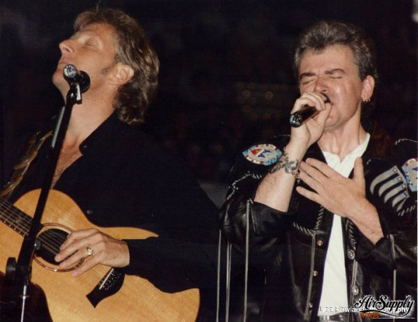 air supply live in 1993 somewhere in the US revised Lisa Rowland Pic.jpg